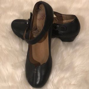 TAOS SAMBA MARY JANE BLACK LEATHER LOAFERS